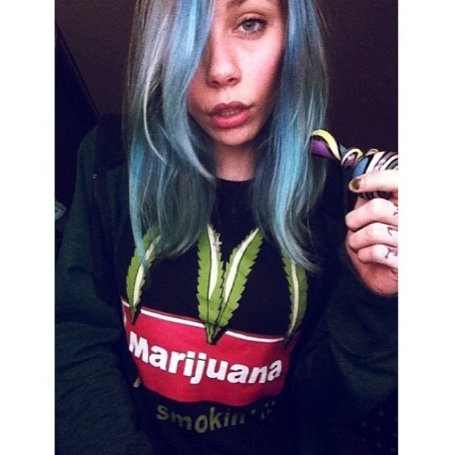♡☮ [@_koffqueen_ ] Featured Model on TheMarijuanaModels.com →BIG NEWS! Our social network @KUSHCommon is now available for Apple and Android!!!!