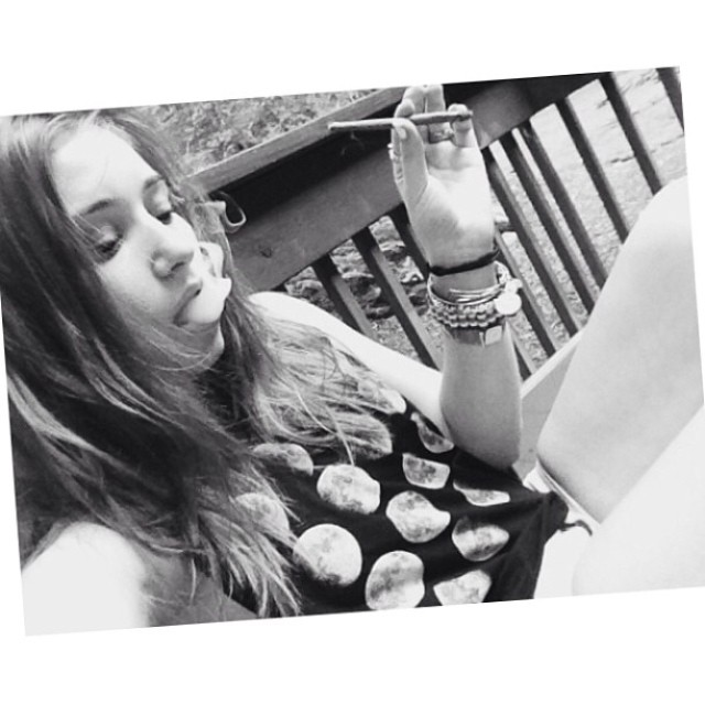 ♡☮ @piffsmith ☮♡ Featured Model on TheMarijuanaModels.com ❀Tag→