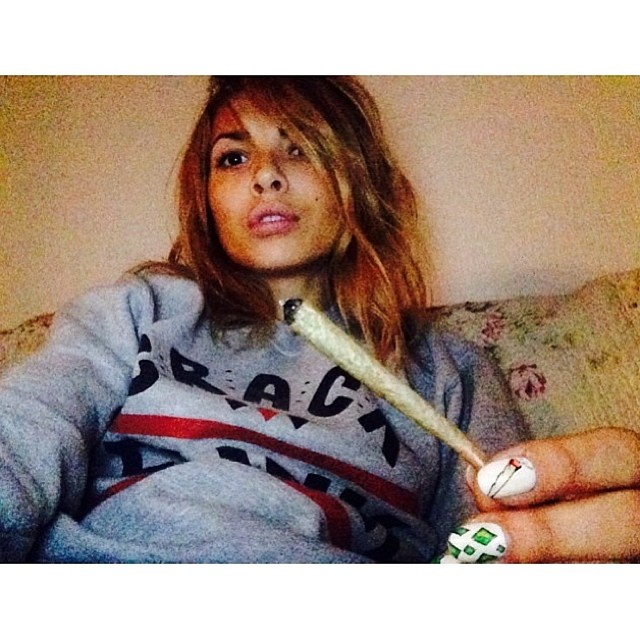 ♡☮ [@kisasarta] Featured Model on TheMarijuanaModels.com →Visit our social network @KUSHCommon available online OR download the free app!