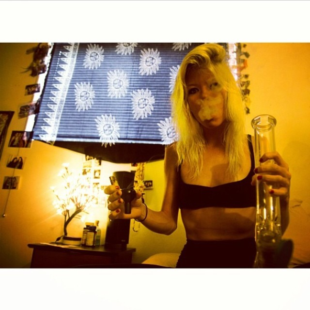 [[@thelittlestpirate]] ♡☮ Featured Model on TheMarijuanaModels.com