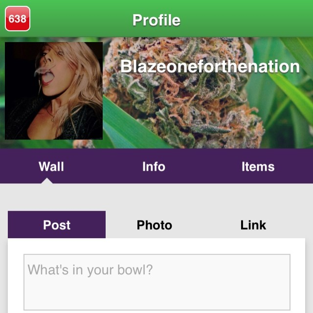 Be sure to follow the gorgeous @blazeoneforthenation on @KUSHCommon! Tag me in your KUSHCommon pics! I'll be posting people to follow ️