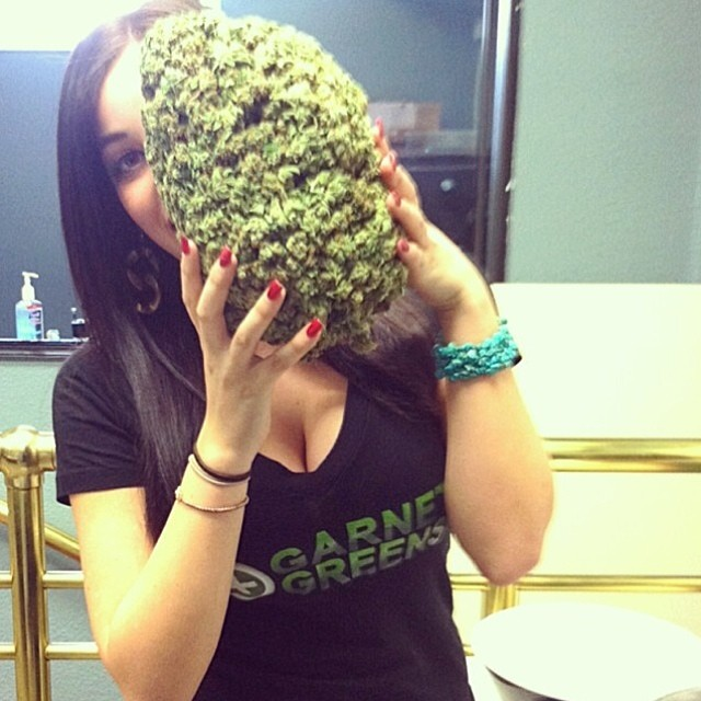 @paigesauce Featured Model on TheMarijuanaModels.com <<>>