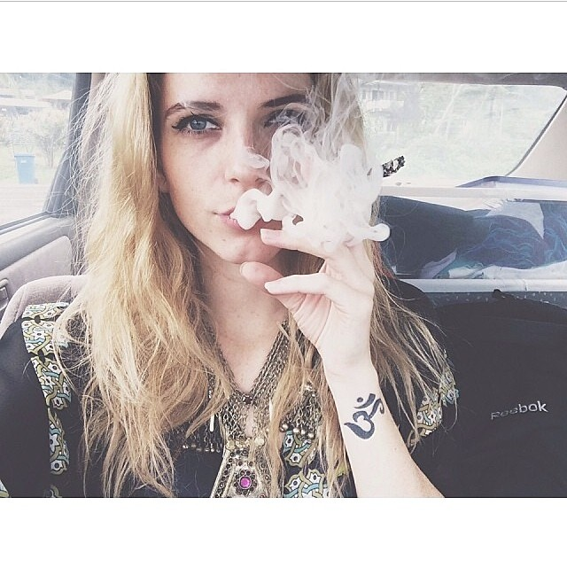 @tara_grace Featured Model on TheMarijuanaModels.com ️Join the International Cannabis Community on @KUSHCommon️