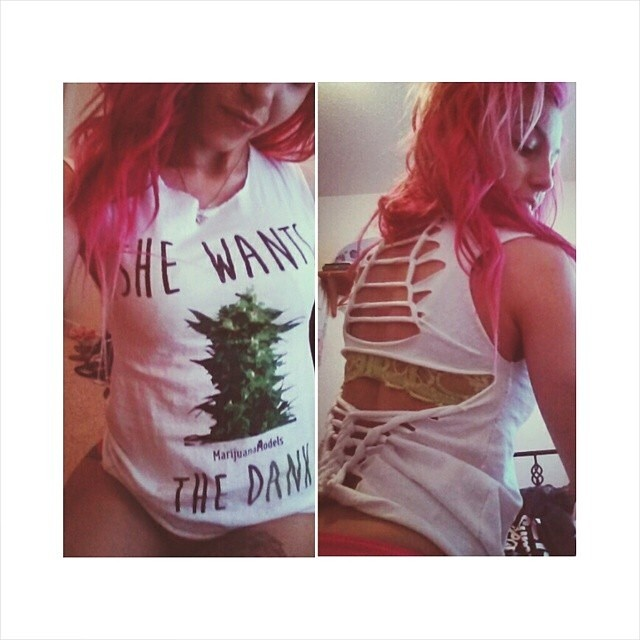 LOVE how Ft Model @miichhh_ customized her tee  Tees, tanks, and crops available in our shop! ⓁⒾⓃⓀ ⒾⓃ ⒷⒾⓄ
