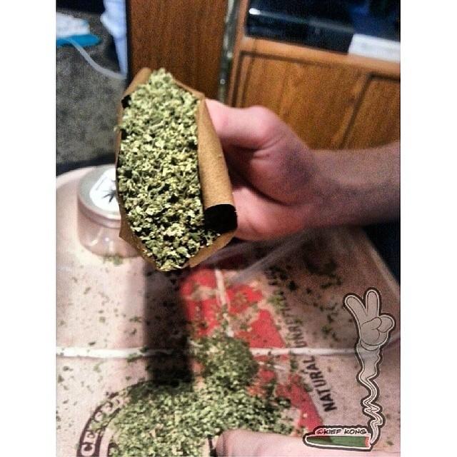 Who wants to smoke this with @kief_kong_
