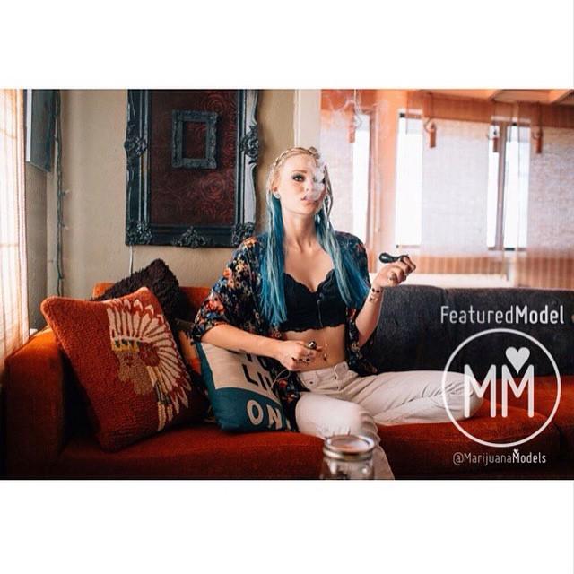 Ft Model @elighmoon