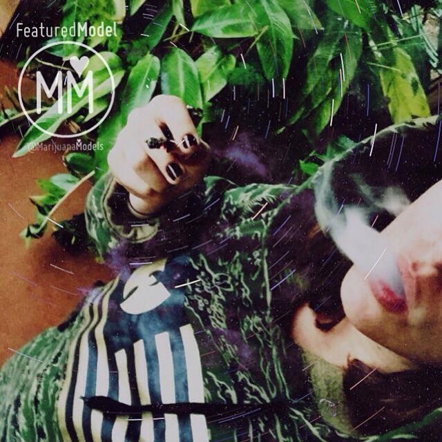 Ft Model @dat_ivory
