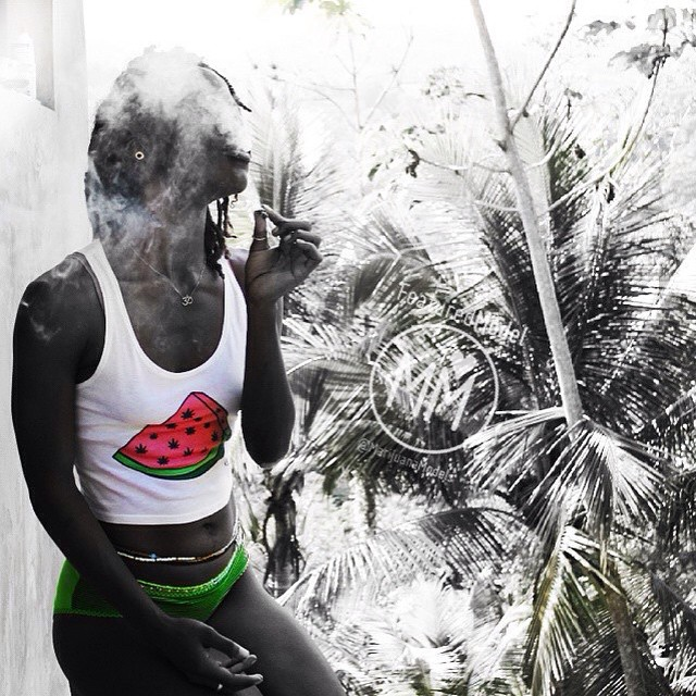 Ft Model @miingini ॐ Enjoying nature in her weedmelon crop top ◡̈ ♡She got one of the last ones!♡ If we reprint, which do you want?? ️T-shirt ️️Tank top ️Crop top See what's in stock at ️SHOP.KUSHCOMMON.COM