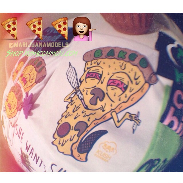 Pizza dude kinda looks like emoji girl ️We have 6 left in stock!👬👭 Link to our etsy store in bio! Worldwide shipping