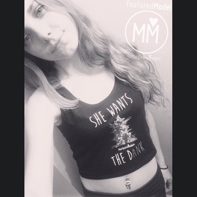 ️️Featured Model @kittykristen_ in her She Wants the Dank limited edition black crop top!  Tanks, crops, and tees available in our shop! Link in bio