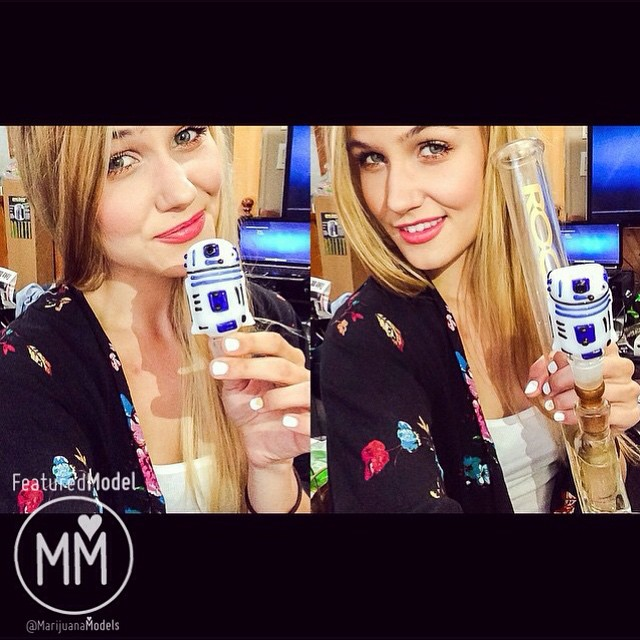 ️️️Featured Model️ @themodelstoner & R2D2