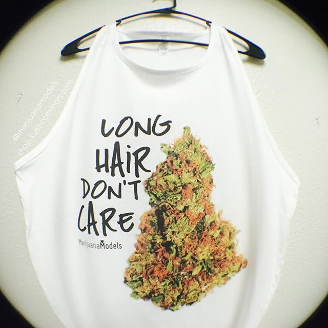 How hairy are your nugs? Lol --- Men's tanks headin out! Dudes know what's up with the Long Hair Don't Care too Available in our shop-->Link in bio!