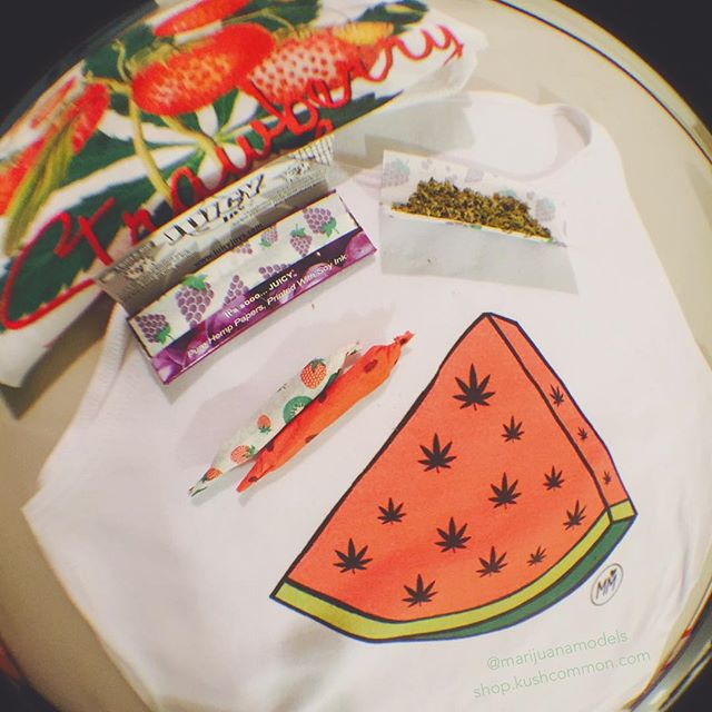 Loving these weedmelon crops!! Add some strawberry cough for the perfect combo ::::::::::::::::::::::::::✽ ❁ ✽:::::::::::::::::::::::::: Both designs are available in our shop in many sizes for women and men, and as tees, tanks, or crops! 🌍Worldwide shipping! Link is in bio!