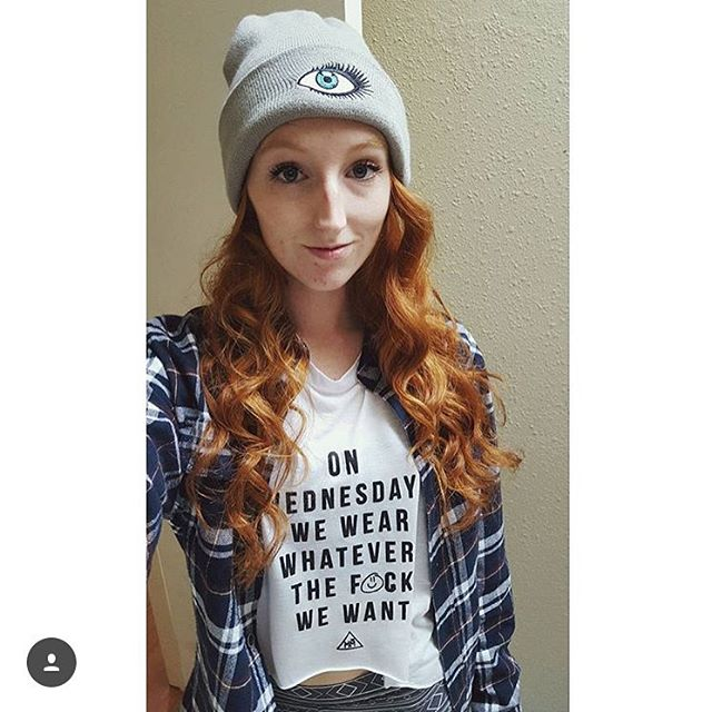 ⓌⒺⒹⓃⒺⓈⒹⒶⓎⓈ Ft @positiveginger 😇 🌲 Too available in our shop! Link in bio