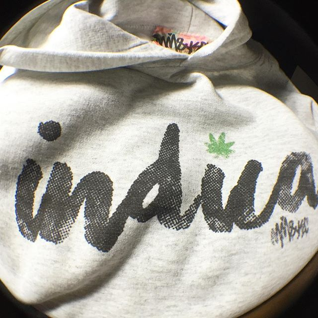 INDICA x SATIVA •Hoodies + select designs now available in the shop️ 📬Check em out at the link in my bio️ www.shop.kushcommon.com
