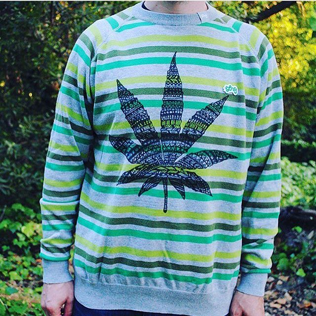 Last round of sweaters is up! This one's a Re-inspired LRG🌳 Check out the selection at the link in my bio📬 www.shop.kushcommon.com